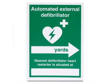 AED Nearest Defib (Yards, right arrow) - Rigid - 148 x 210mm