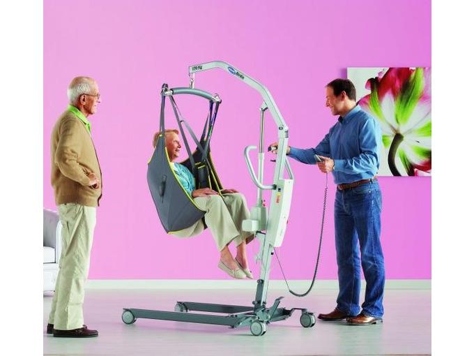 H02 Birdie Mobile Hoist - Electric Leg Opening